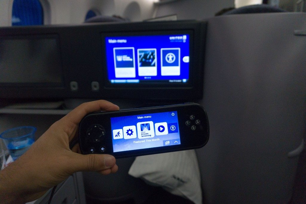 United Airlines Aircraft Fleet Boeing 787 9 Dreamliner Polaris Business Class Cabin inflight amenities in flight entertainment screen measures 15.4 inches