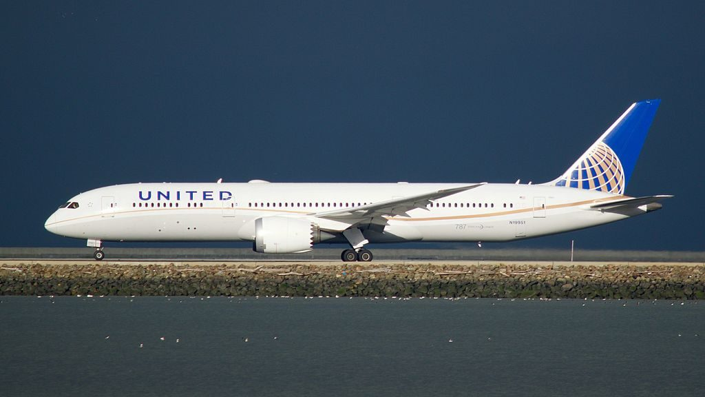United Airlines Aircraft Fleet N19951 Boeing 787 9 Dreamliner cnserial number 36402223 departing San Francisco International Airport