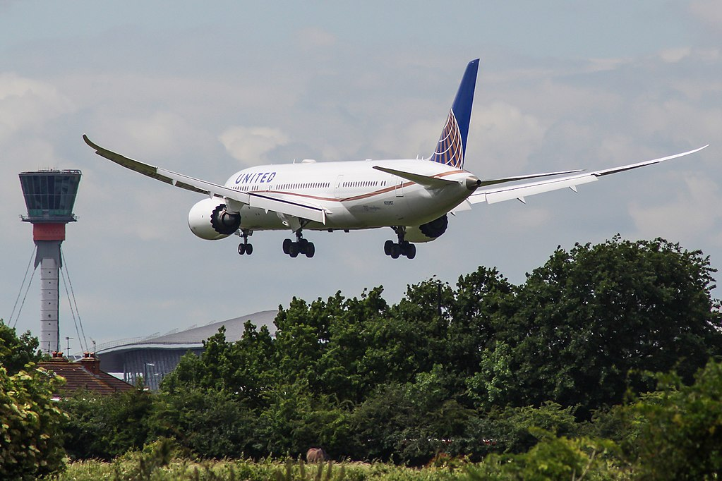 United Airlines Aircraft Fleet N26967 Boeing 787 9 Dreamliner cnserial number 60144445 on short final before landing at London Heathrow Airport