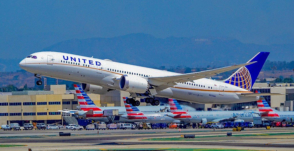 United Airlines Aircraft Fleet N27959 Boeing 787 9 Dreamliner cnserial number 36407348 departure Los Angeles International Airport IATA LAX ICAO KLAX FAA LID LAX