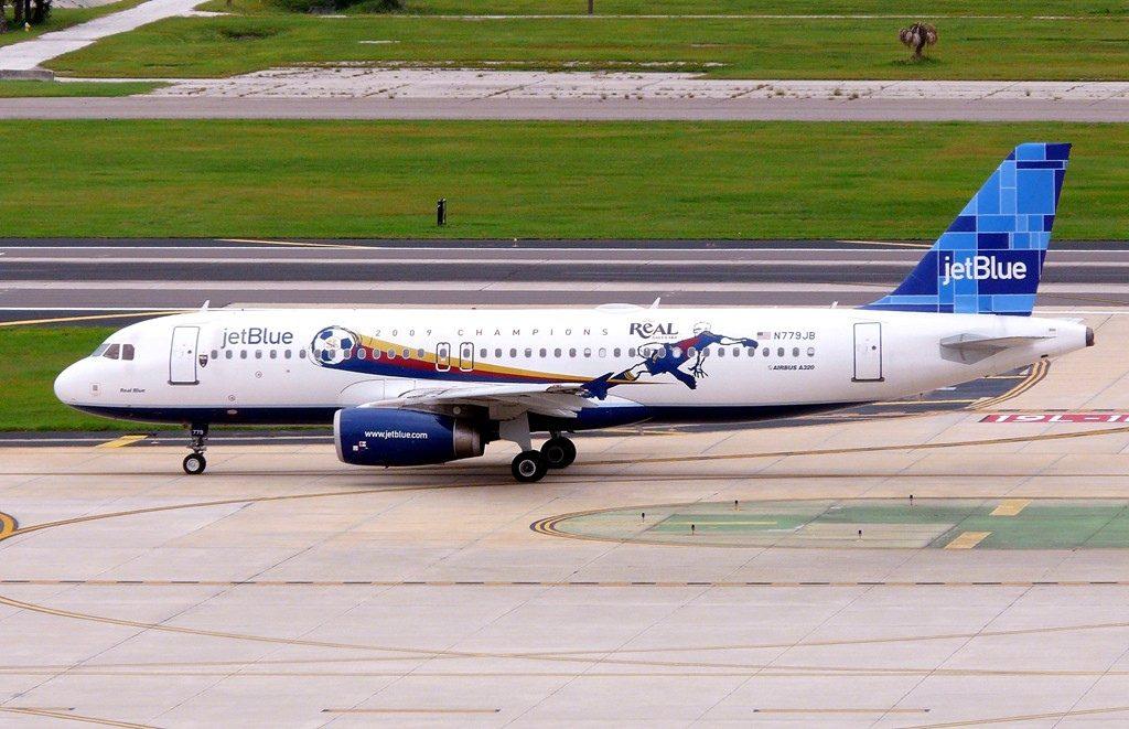 jetBlue Airways N779JB Bluericua Airbus A320 232 Puerto Rico Bluericua Special Livery