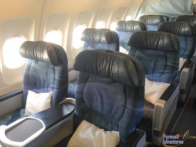 Air Canada Airbus A319 100 Business Class Seats Configuration Photos @Pursued Adventures