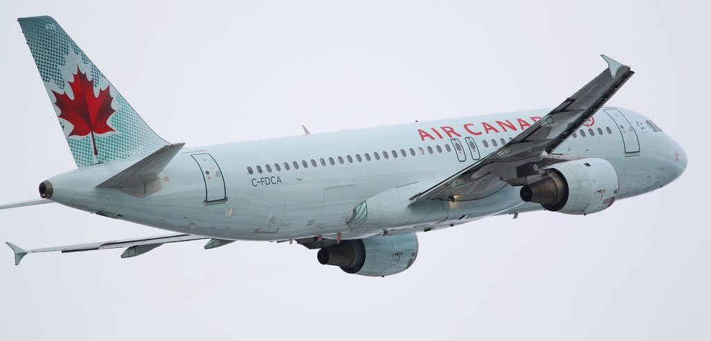 Air Canada Airbus A320 211 C FDCA at CYVR