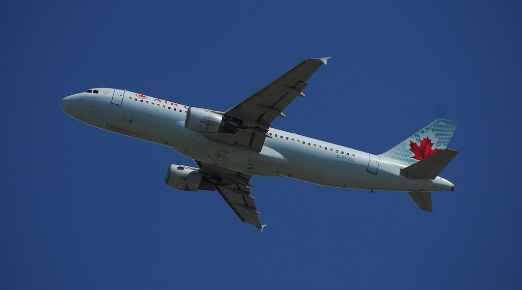 Air Canada Airbus A320 211 C FFWJ 210 Flight ACA125 from YYZ to YYC