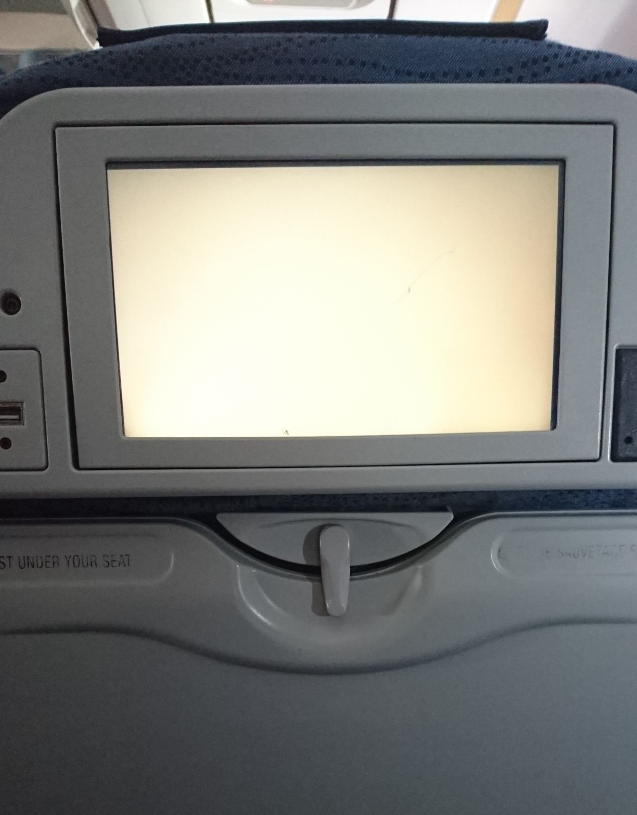 Air Canada Airbus A321 200 Economy Class cabin infligt entertainment IFE screen system