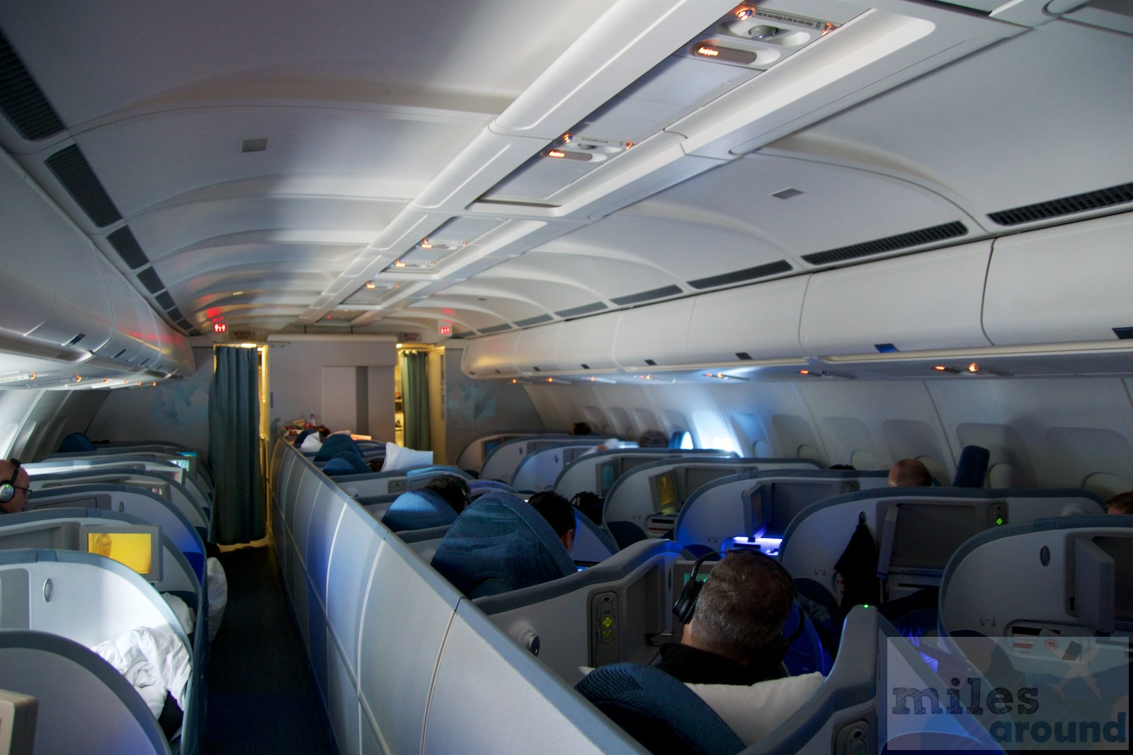 Air Canada Airbus A330 300 Business class cabin interior with 1 1 1 seats layout configuration @milesaround