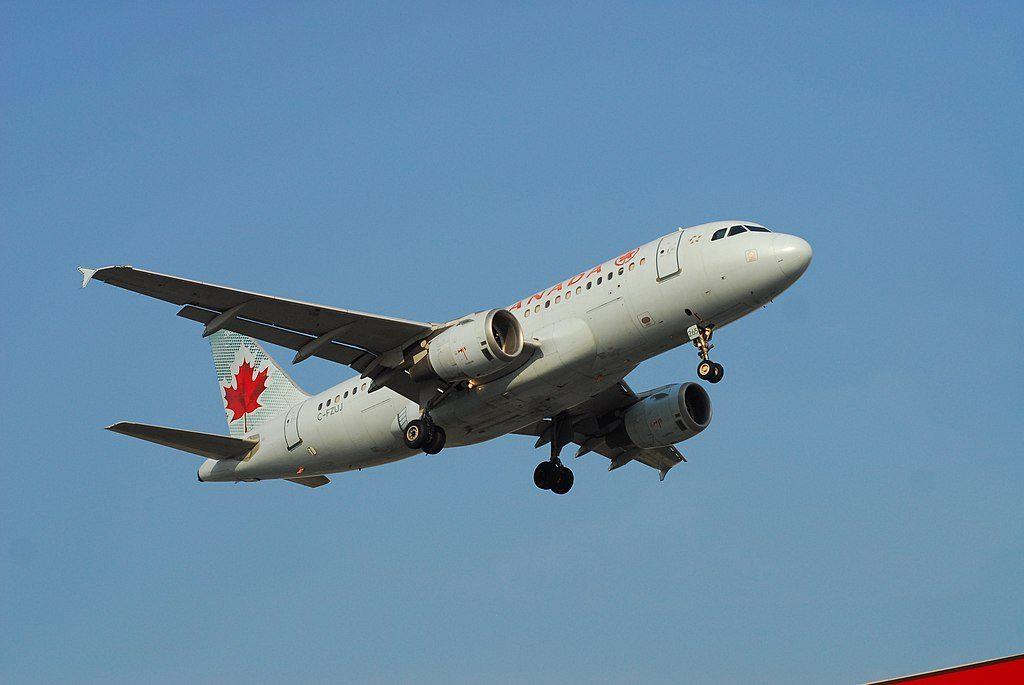 Air Canada Aircraft Airbus A319 114 C FZUJ Flight ACA1196 from YMM to YYZ