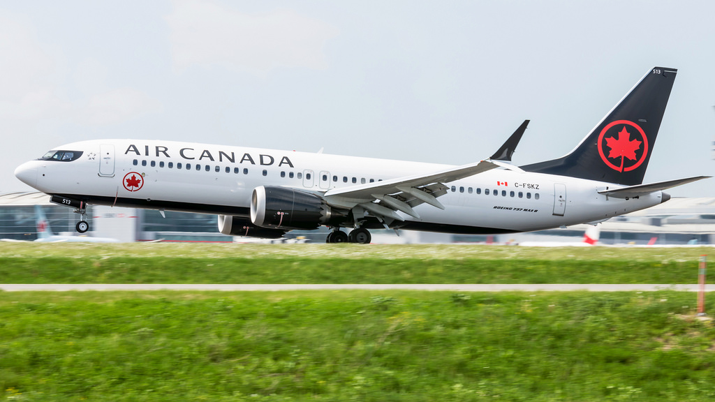 Air Canada Aircraft Boeing 737 Max 8 C FSKZ takeoff and landing photos