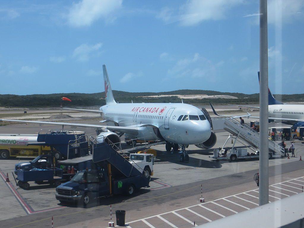 Air Canada Aircraft Fleet C FGKH Airbus A320 200 at Providenciales Airport
