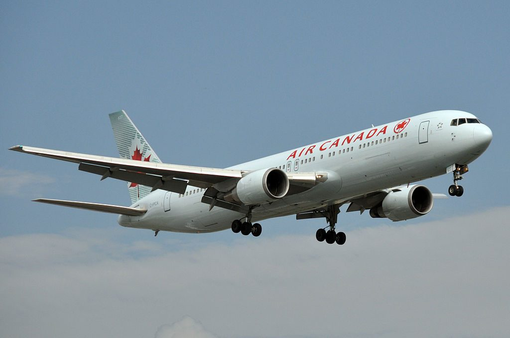 Air Canada Boeing 767 300ER C FPCA on final approach at Montréal Pierre Elliott Trudeau International Airport