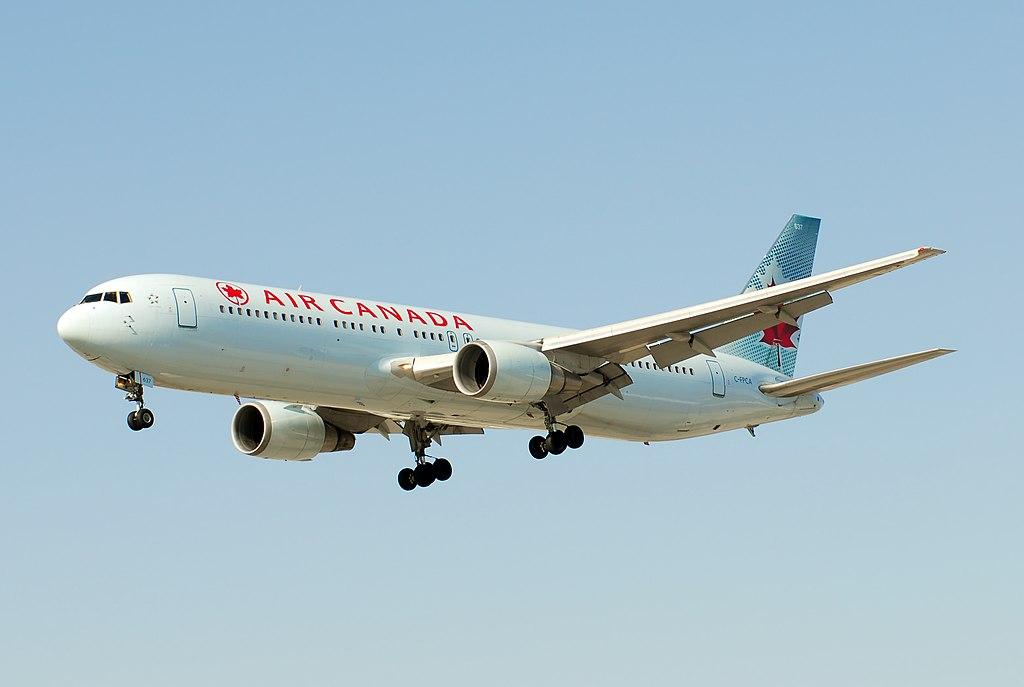 Air Canada Boeing 767 300ER C FPCA on final approach at Toronto Pearson International Airport
