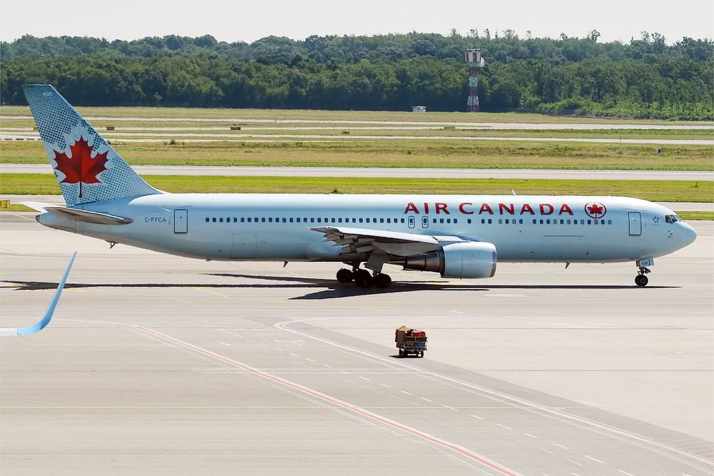 Air Canada Boeing 767 375ER C FTCA at Milan Malpensa Airport