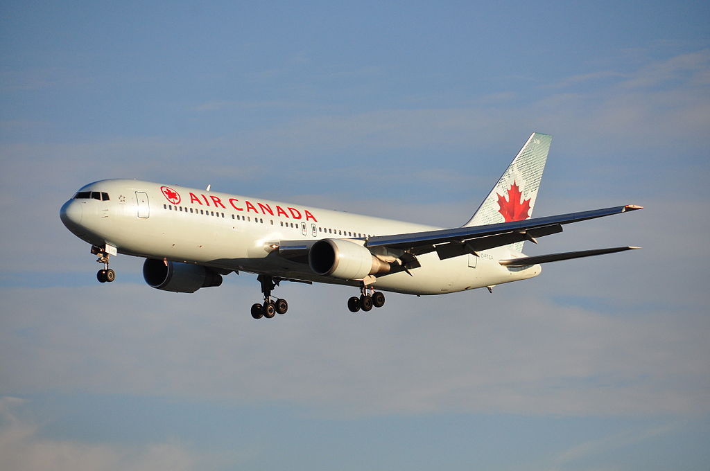Air Canada Boeing 767 375ER C FTCA at Montréal Pierre Elliott Trudeau International Airport