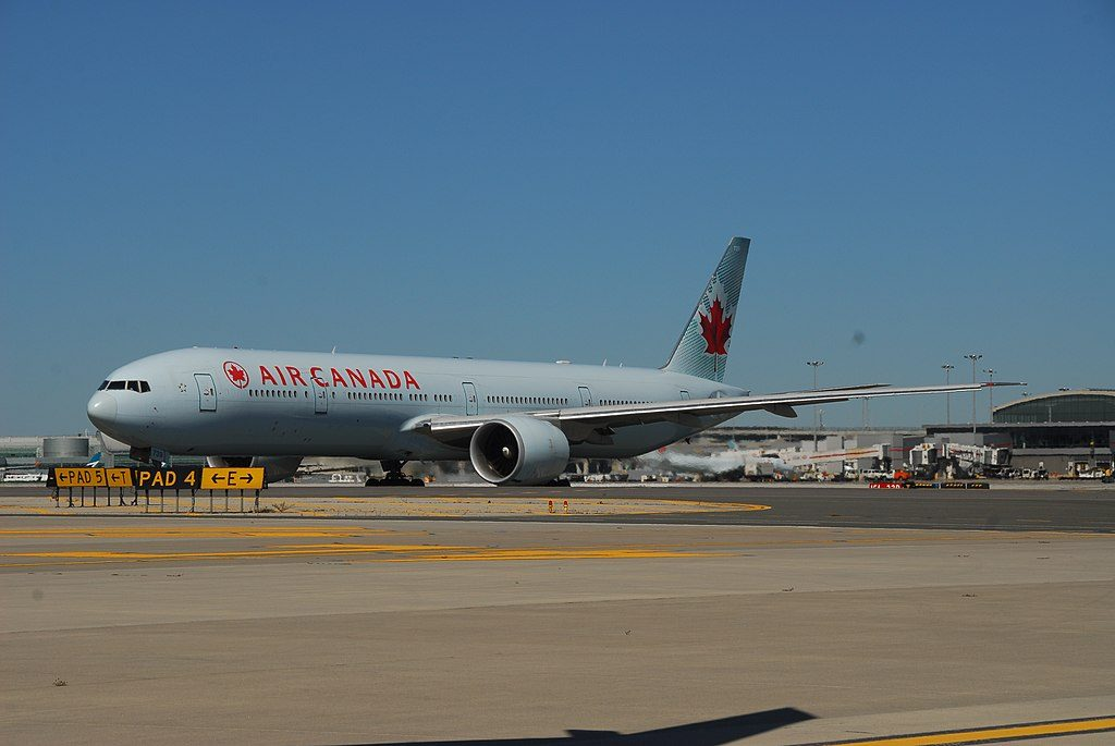 Air Canada Boeing 777 300ER C FRAM Widebody Aircraft Photos