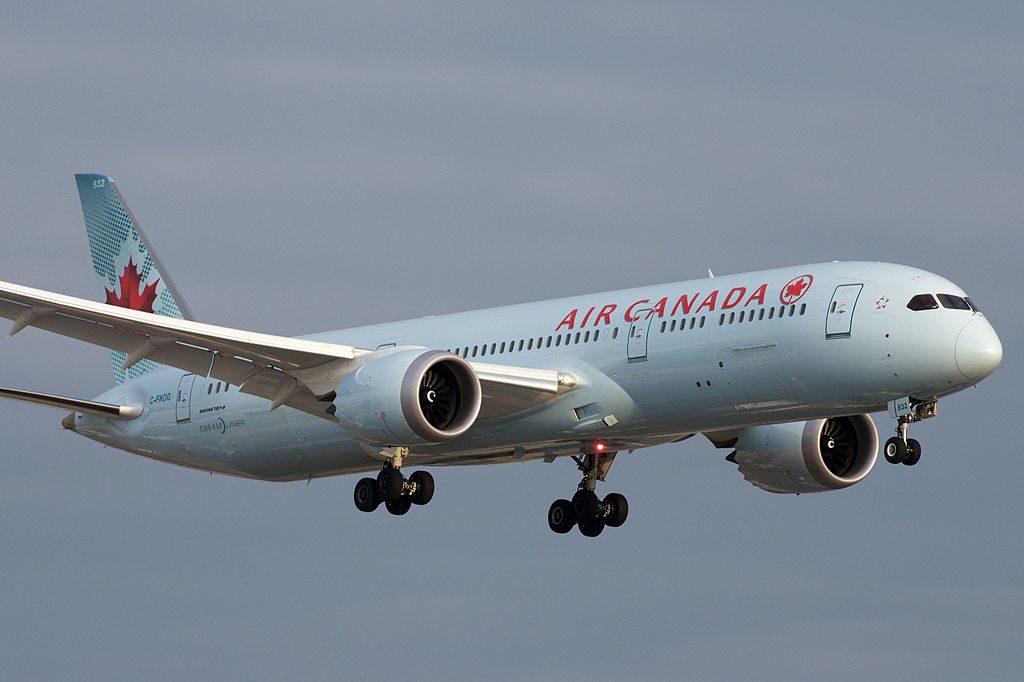 Air Canada Boeing 787 9 Dreamliner C FNOG Approaching YYZ Toronto Pearson International Airport