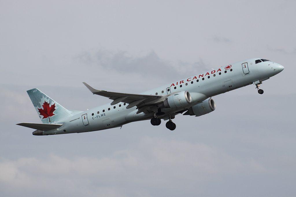 Air Canada C FLWE Embraer E190 departing Toronto Pearson International Airport
