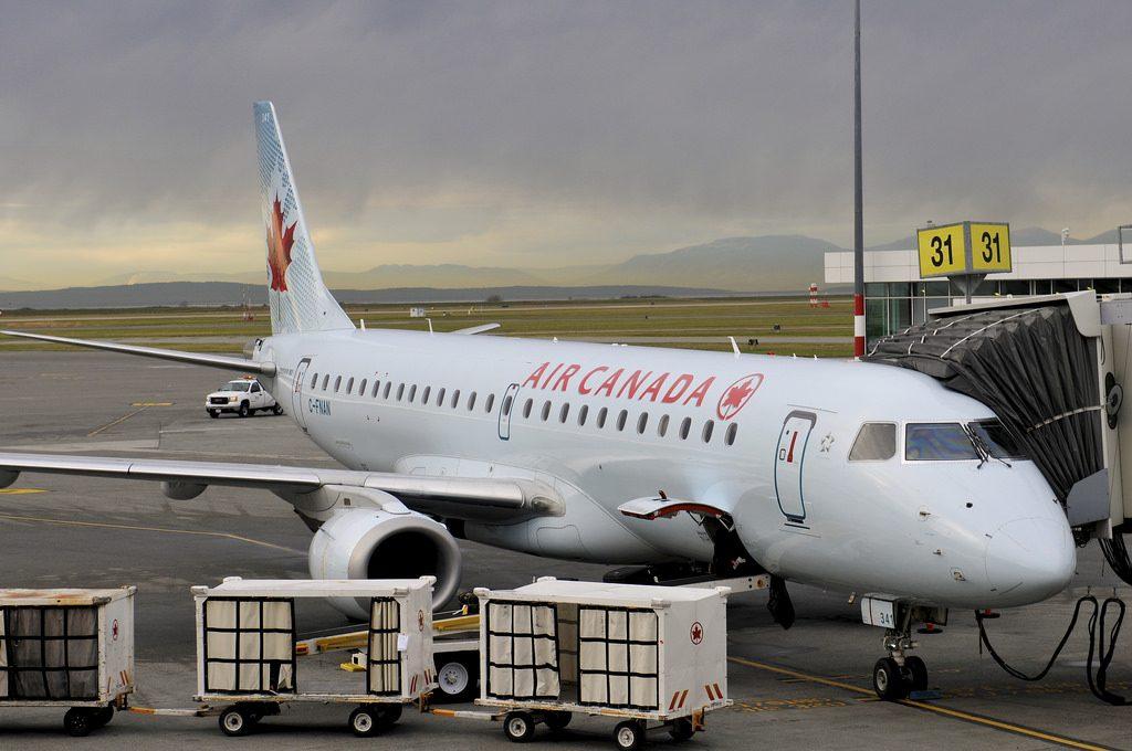 Air Canada C FNAN Embraer E190 at Vancouver International Airport