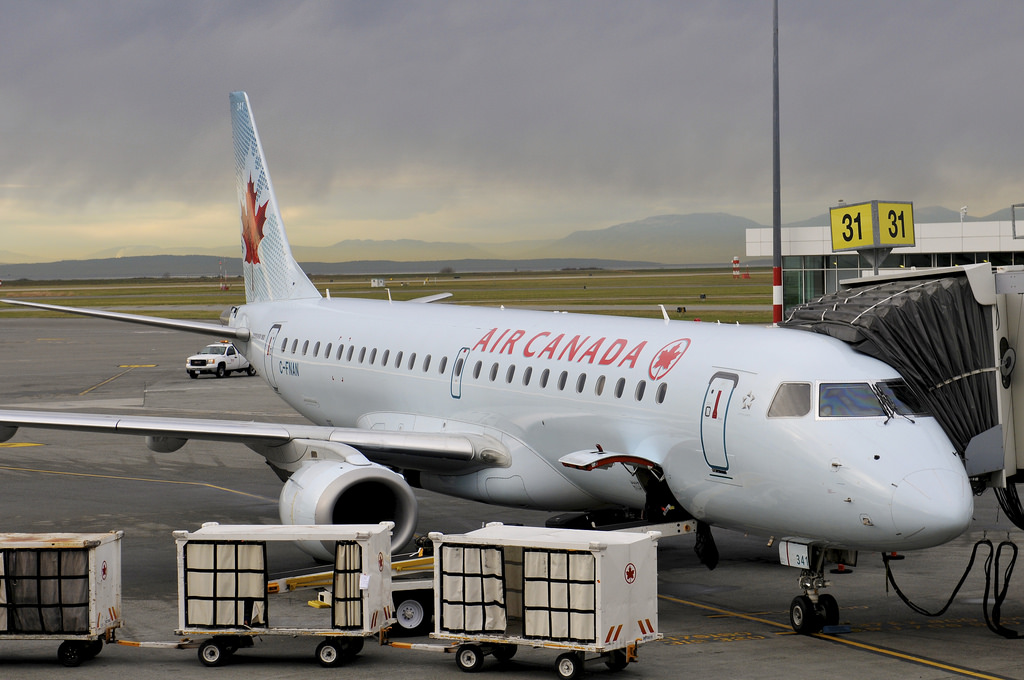 Air Canada C FNAN Embraer E190 at Vancouver International Airport