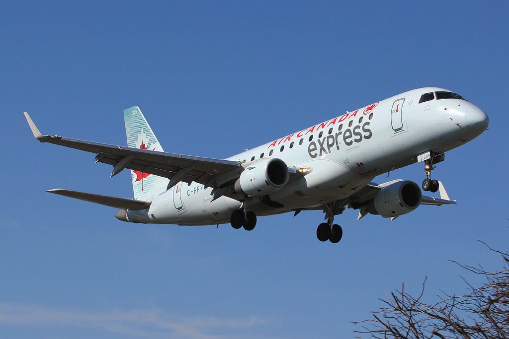 Air Canada Express C FFYG Sky Regional Airlines Embraer E175 on final approach at New York La Guardia LGA