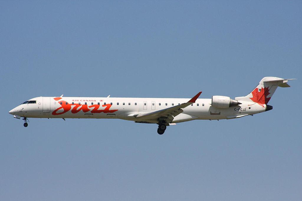 Air Canada Express Jazz Aviation Bombardier CRJ 900 C FCJZ on final at YVR