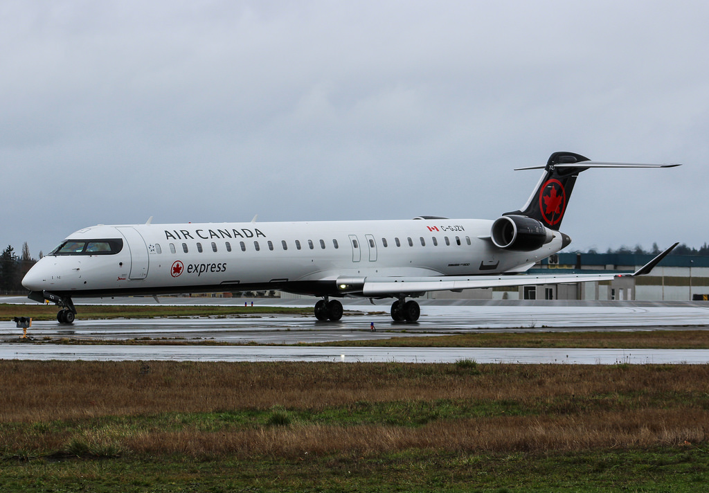 Air Canada Express Jazz Bombardier CRJ 900 C GJZV at Vancouver International Airport