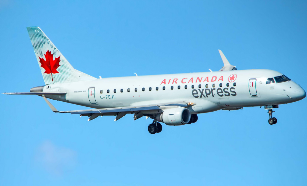 Air Canada Express Sky Regional Embraer E175 C FEJL at Washington Reagan National