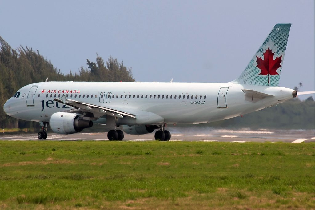 Air Canada Jetz Airbus A320 211 C GQCA at SJU