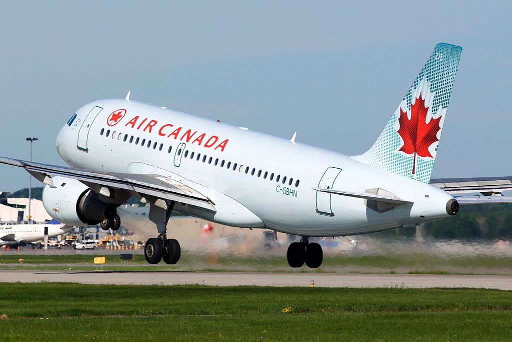 Air Canada Jetz C GBHN Airbus A319 114 cnserial number 773 departing Montréal–Pierre Elliott Trudeau International Airport