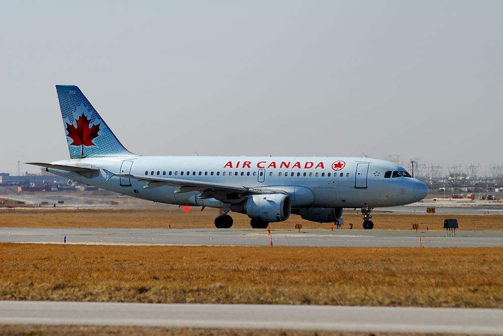 Air Canada Jetz C GBIK Airbus A319 114 cnserial number 831 narrow body aircraft photos