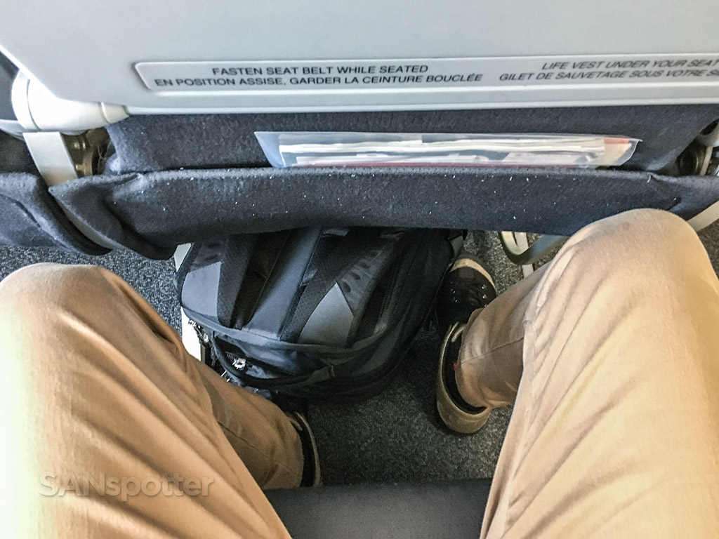 Air Canada Rouge Airbus A321 200 Economy Class Cabin Standard Seats Pitch Legroom @SANspotter