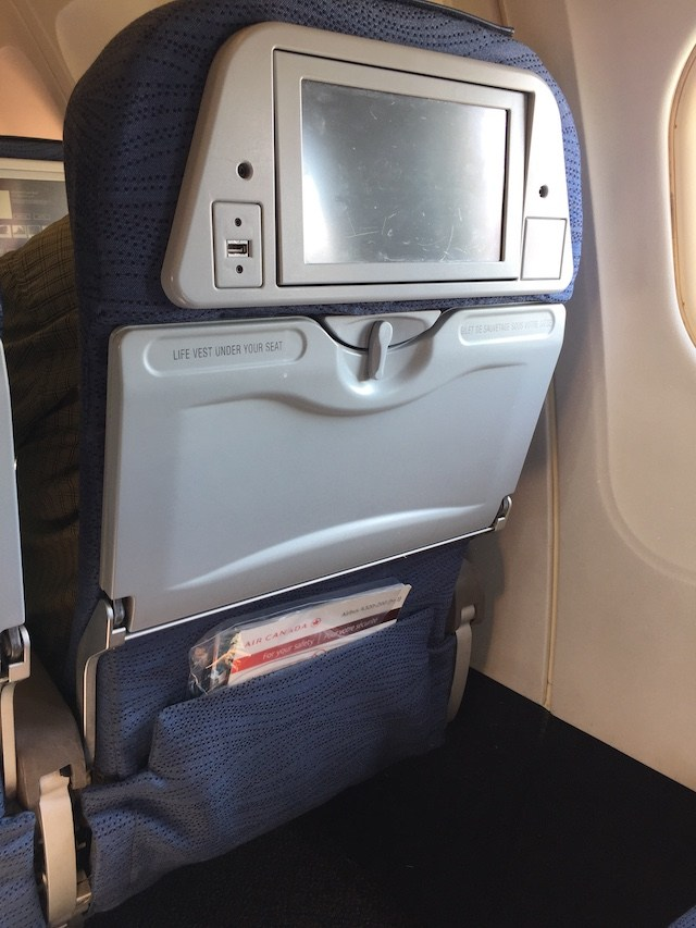 Air Canada SFO YVR Airbus A320 200 Preferred Economy Seats with IFE screen Photos