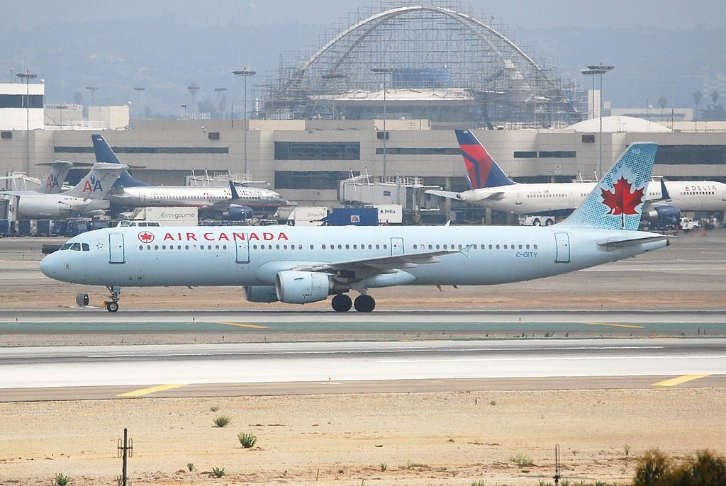 Air Canada aircraft C GITY Airbus A321 200 at Los Angeles International Airport
