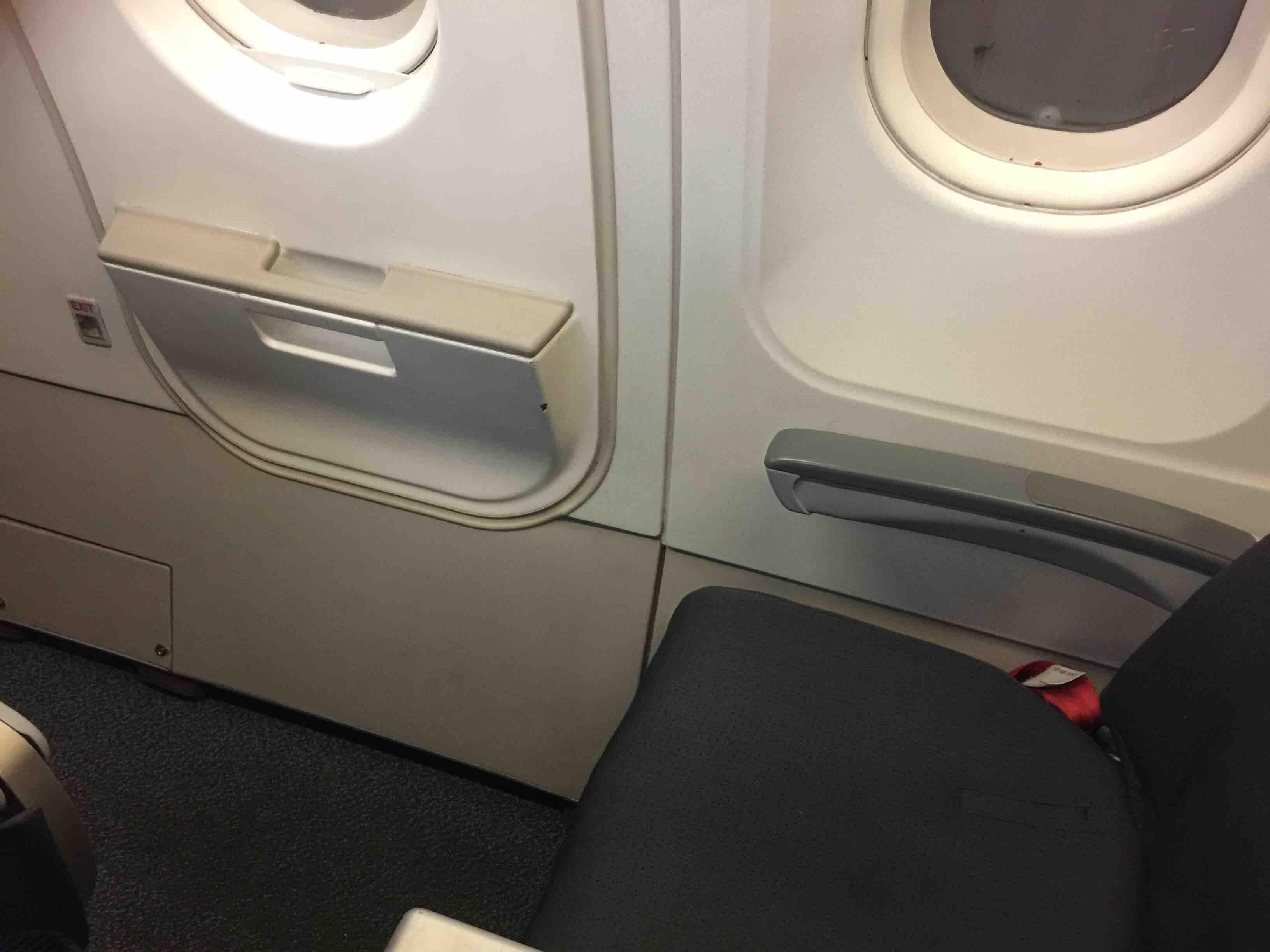 Airbus A319 100 Air Canada Rouge Standard Economy Seats Exit Row Pitch Legroom