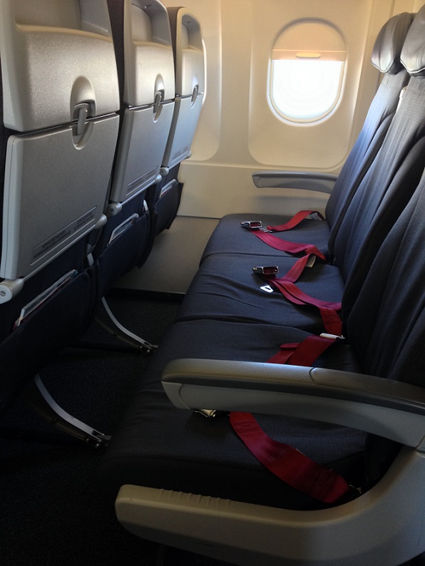 Airbus A319 100 Air Canada Rouge Standard Economy Seats Row Photos