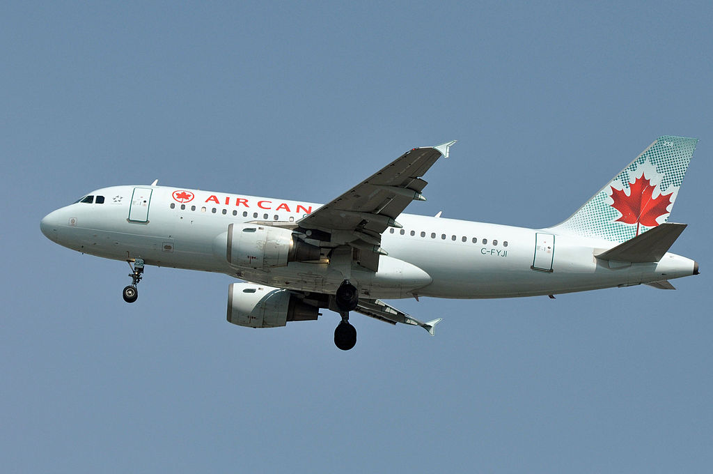 Airbus A319 114 cnserial number 682 Air Canada C FYJI at Vancouver International Airport YVR