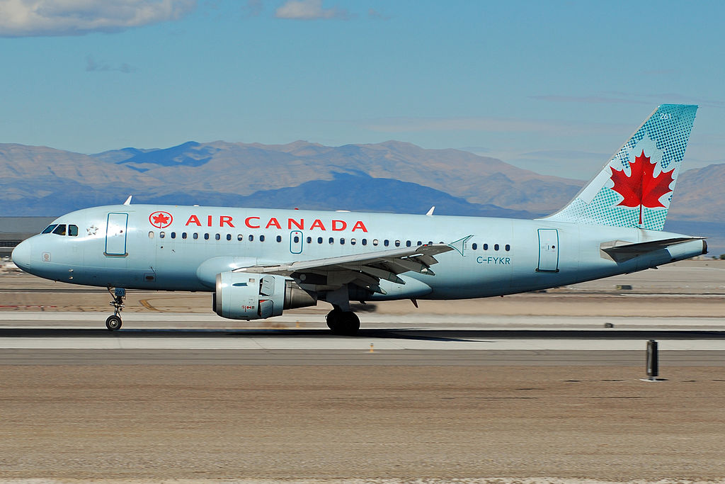 Airbus A319 114 cnserial number 693 Air Canada Fleet C FYKR landing at KLAS Airport