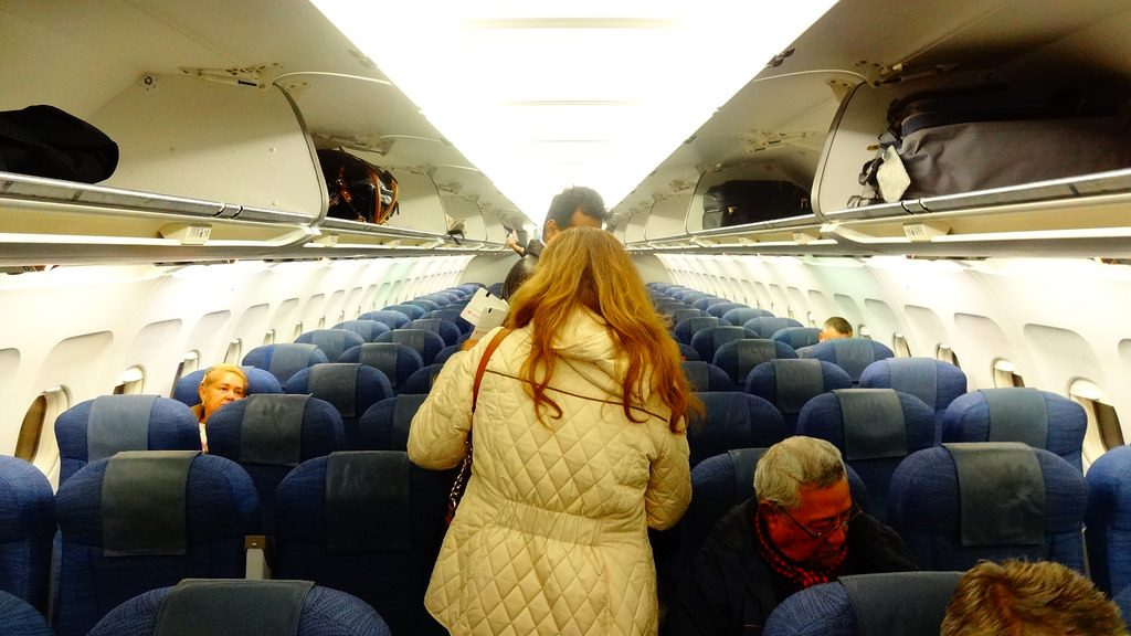 Airbus A320 200 Air Canada aircraft economy class cabin interior configuration with 3 3 seats layout
