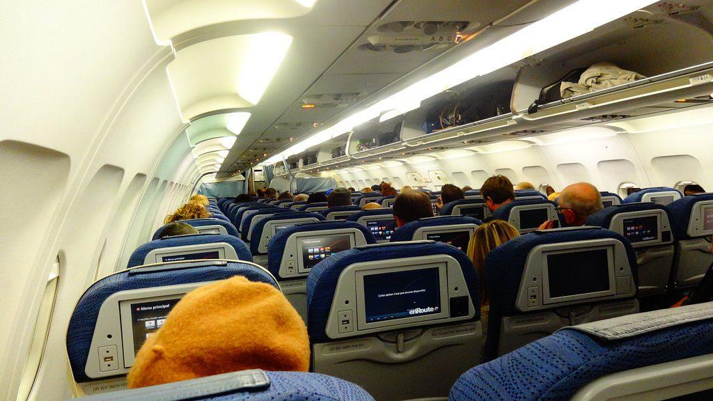 Airbus A320 200 Air Canada aircraft economy class cabin interior photos
