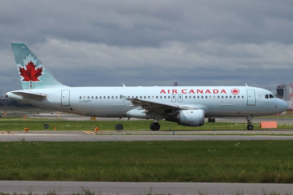 Airbus A320 211 Air Canada C FKPT YYZ Toronto ON Lester B. Pearson International Airport