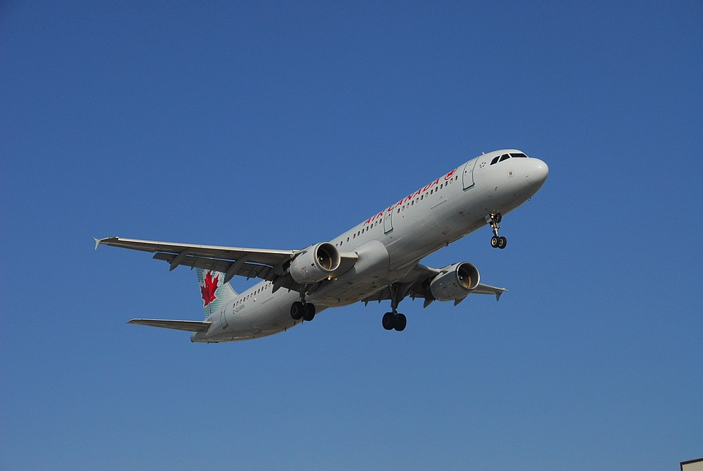 Airbus A321 211 cnserial number 1783 Air Canada C GJWN on final at Toronto Pearson International Airport