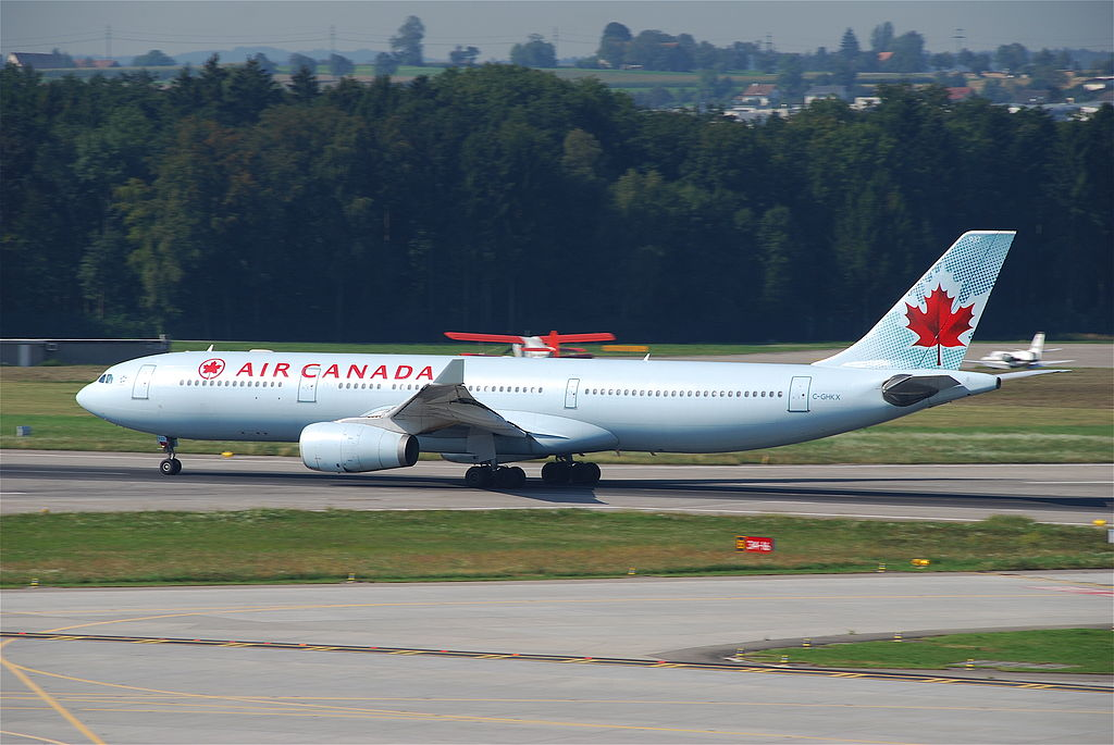 Airbus A330 300 Air Canada ACA C GHKX at Zurich International Airport