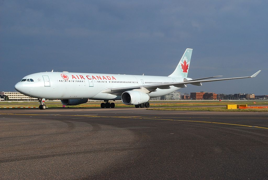 Airbus A330 343X Air Canada C GHKW at Heathrow Airport
