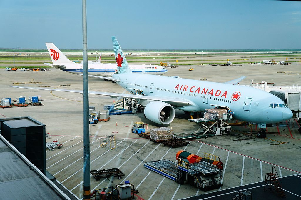 Boeing 777 200LR of Air Canada C FIVK at Shanghai Pudong International Airport