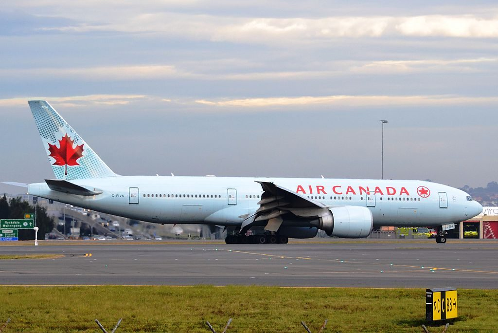 Boeing 777 200LR of Air Canada C FIVK at Sydney Airport