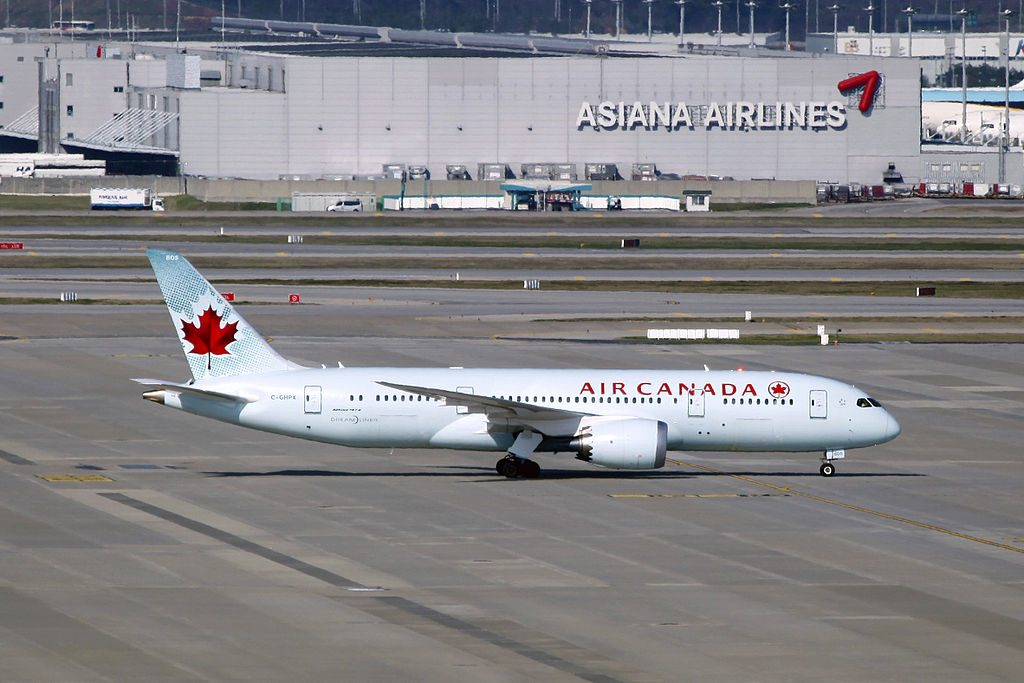 Boeing 787 8 Dreamliner Air Canada C GHPX at Seoul Incheon International Airport CIE