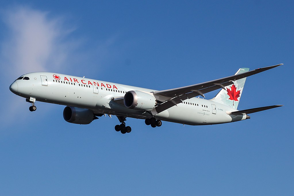 Boeing 787 9 Dreamliner of Air Canada C FRSI on final approach at London Heathrow Airport