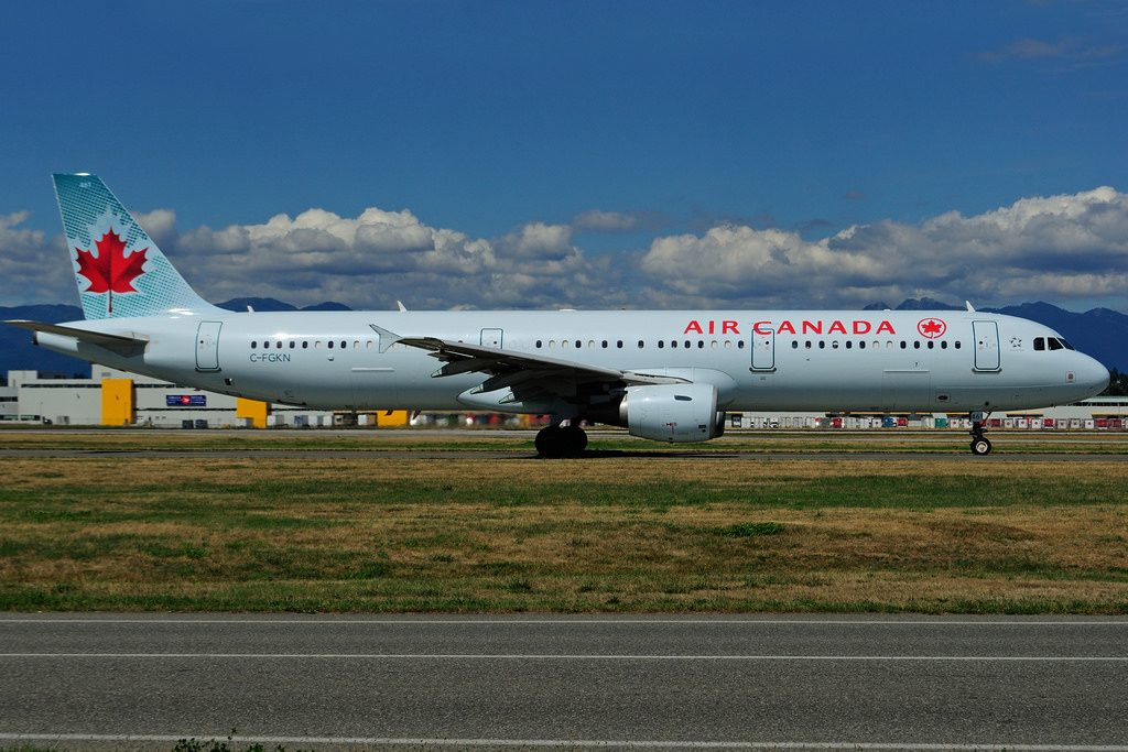 C FGKN Airbus A321 212 Air Canada leased from AerCap at Vancouver International Airport YVR