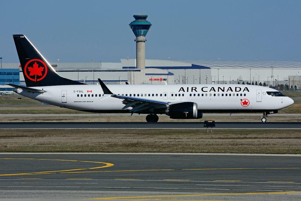 C FSIL Boeing 737 MAX 8 Air Canada at Toronto Lester B. Pearson Airport YYZ