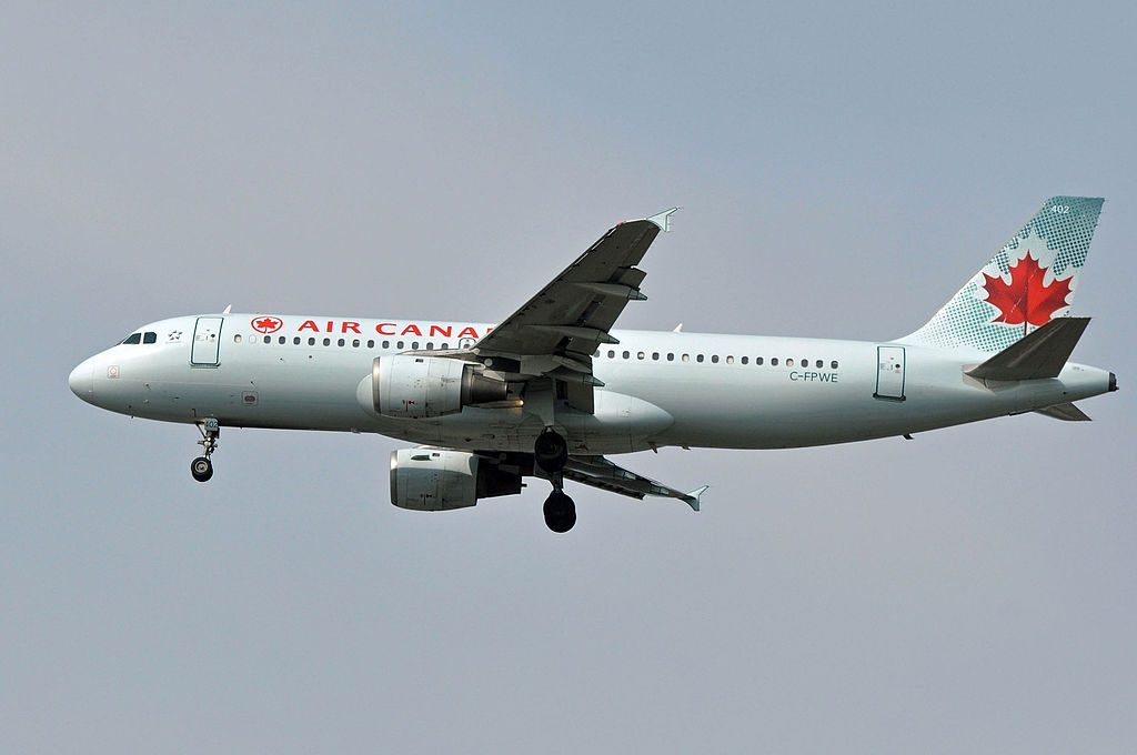 MSN 175 A320 211 AIR CANADA YVR AIRPORT EX CANADIAN AIRLINES TANGO AIR CANADA JETZ AS C FPWE