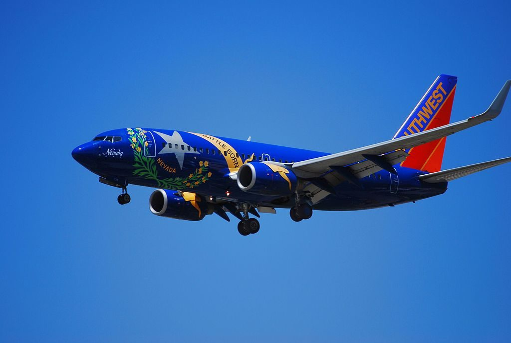 N727SW Southwest Airlines Boeing 737 7H4 cn 27859 274 22Nevada One22 Special Livery Colors on final at KLAS